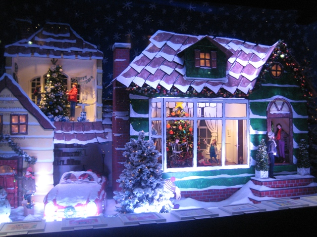 Lord & Taylor holiday window 2011